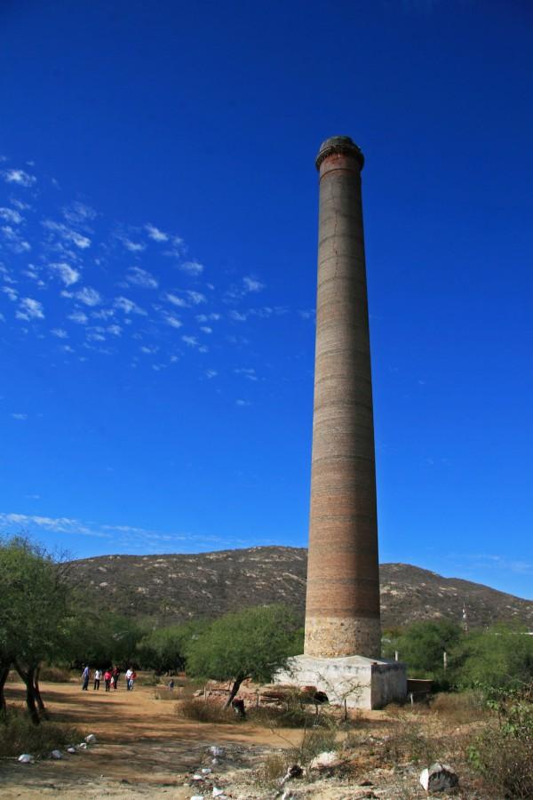 El Triunfo Mine La Romana Smokestack